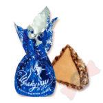 Щелкунчик Изысканные конфеты на основе тертого жареного арахиса в нежной шоколадной глазури и хрустящей вафельной посыпке.